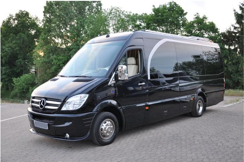 Mercedes Benz Van >> Mercedes Minibus Extra Long 8 seat
