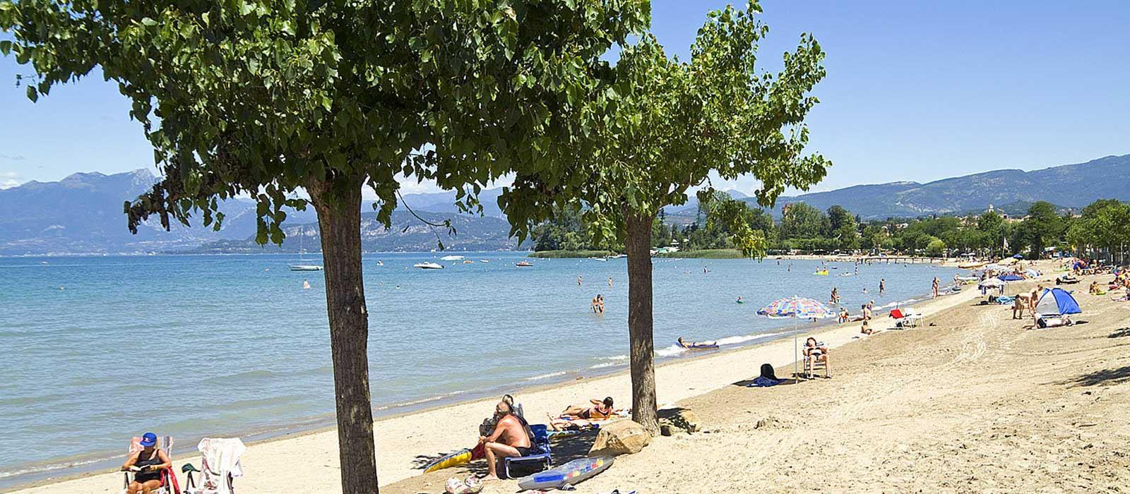 Airports close to Lake Como, Milan Malpensa, Linate ...