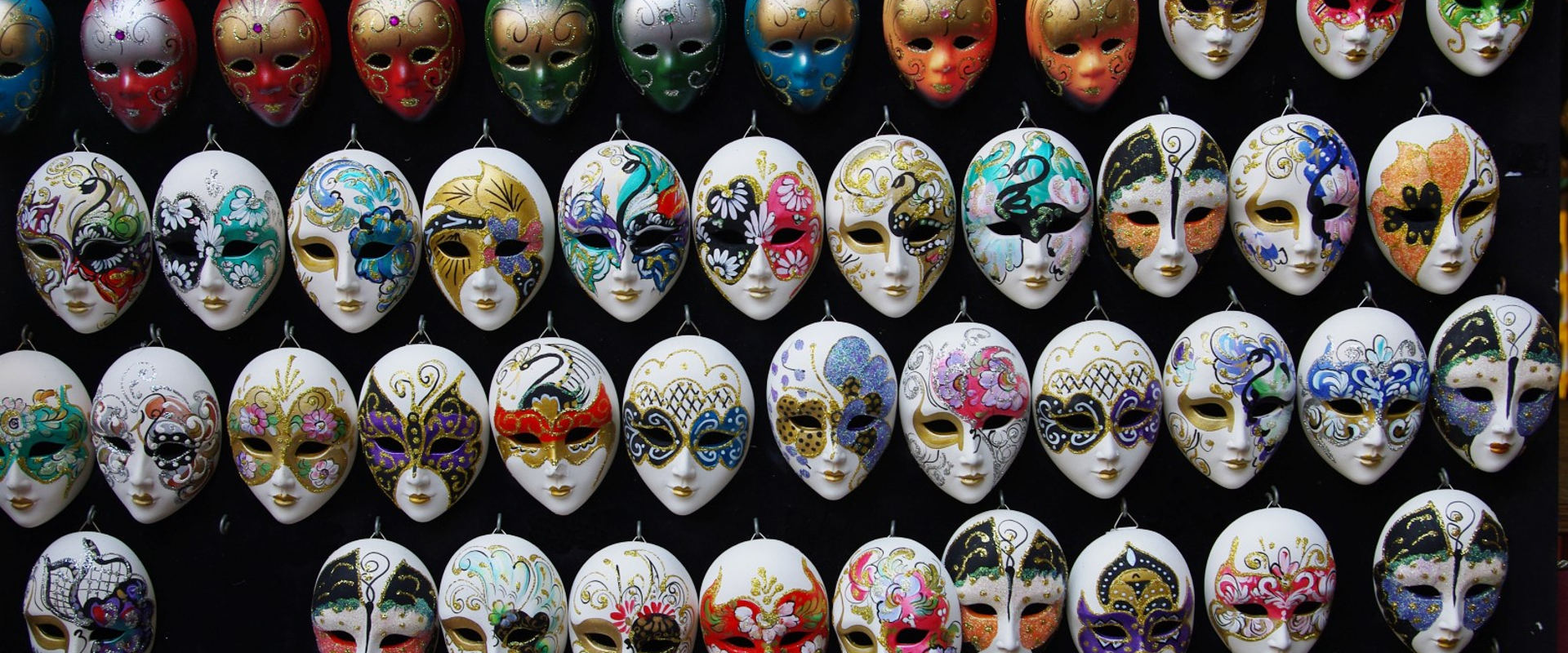 did you know that in venice in 1600 masks were used throughout the year